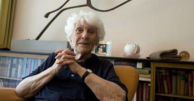 Sensationell: Diese Oma ist die älteste Neu-Doktorin der Welt