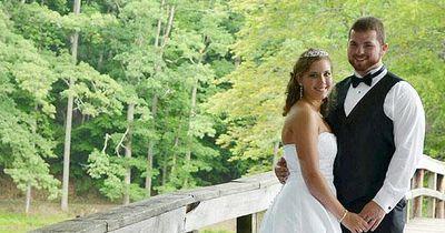 Bei einem Unfall verlor sie ihr Gedächtnis - ihr Mann machte etwas Unglaubliches
