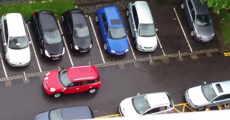 Irre: Dieser Parking Fail hört überhaupt nicht auf!