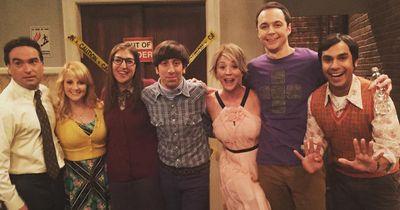 Die Dreharbeiten haben begonnen, so wird Staffel 9 von The Big Bang Theory. Achtung Spoiler!