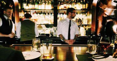 Diese Bar hat richtig viele schlechte Bewertungen - doch warum will trotzdem jeder hin!?