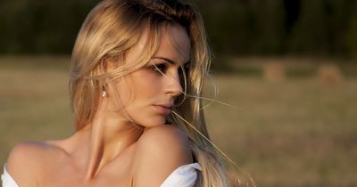 9 Gedanken, die du haben solltest, bevor du mit deiner Mitbewohnerin eine Affäre anfängst