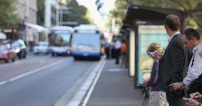6 Situationen, in denen wir heute ohne Smartphone aufgeschmissen sind