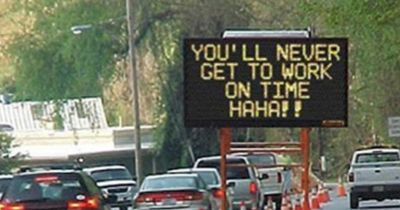 Einfach  die ehrlichsten Schilder der Welt