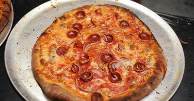 Zwei Fünfjährige essen Pizza - Dann kam die Polizei