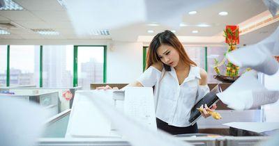 Beziehung am Arbeitsplatz? So vermeidest du die gröbsten Fehler!