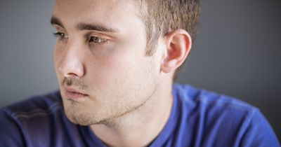 Darum ist es vollkommen okay, zu weinen – das betrifft gerade Männer!