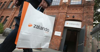 Frau bestellt Tasche bei Zalando - Dann kam der Schock!