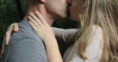 Diese Eigenschaften verrät jemand beim ersten Date unbewusst!