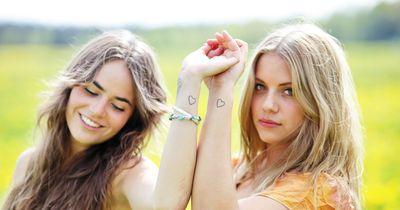 5 kleine Tattoos, die eine große Bedeutung haben