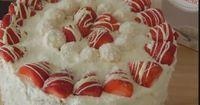 Rezept: Raffaello Erdbeer Torte! ( OHNE BACKEN )