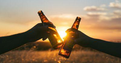 Wieso vertragen Männer eigentlich mehr Alkohol als Frauen?