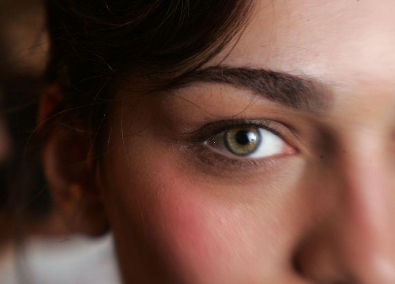 Woher kommt eigentlich dieses nervige Augenzucken?