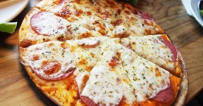 Mit diesem Trick schmeckt deine Pizza noch besser