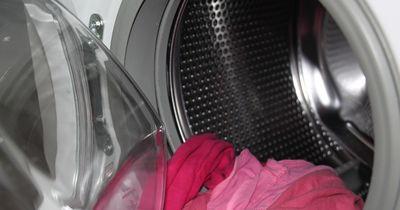 Eine Never-Ending-Story: Socken in der Waschmaschine!