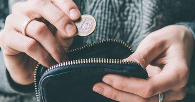Jeden Monat über 400 Euro sparen: So schafft das jetzt jeder!!