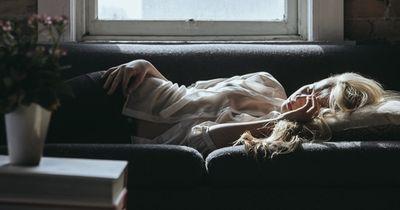 Wenn du diese Schlafgewohnheiten hast, solltest du zum Arzt gehen!